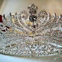 EXQUISITE RHINESTONE PAGEANT CROWN