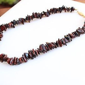 """Vintage Brown Stone Nugget Beaded Necklace with Gold Clasp 16.5"""""""