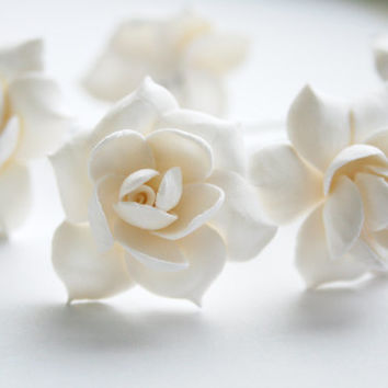 Gardenia hair pins set, wedding hair pin, Bridal hair accessory, Bridal flower pins, flower hair pin, Bridal hair flower, Flower hair pins,