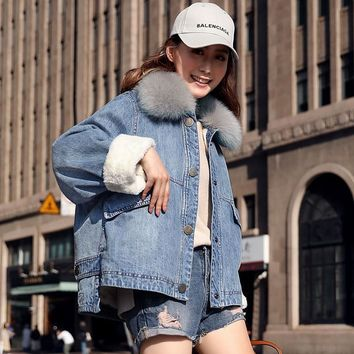 Trendy Denim Jacket Women Thickening Raccoon Fur Collar Detachable Long Sleeve 3 Colors Loose Coat Casual Style New Fashion 2018 AT_94_13