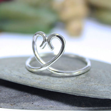 Heart Ring / Sterling Silver Stacking Ring/ Hammered Knuckle Ring/ Simple Heart Ring/ Silver Ring