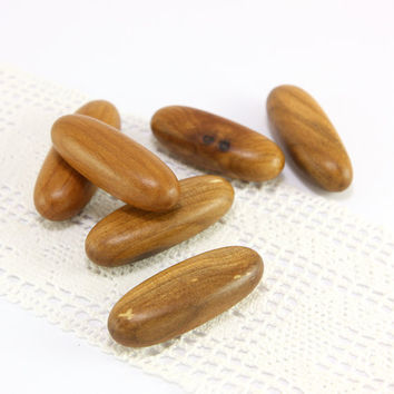 Wood pebbles. Set of 6 OOAK natural applewood pebbles size 1.5in (39mm) - A1543