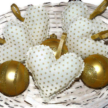 Set of Christmas Hearts - white hearts with golden stars / White Christmas Ornaments / Hanging Hearts Decorations / Christmas Decor set