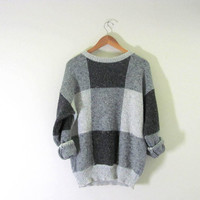Vintage baggy sweater. gray sweater. women's size m