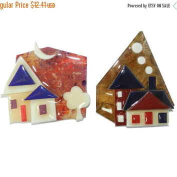 ON SALE--) Lot of 2 vintage Lucinda House Pins, Lucinda Original Label, Home New House Realtor Housewarming Gift, Collectible Pins, Lot of 2