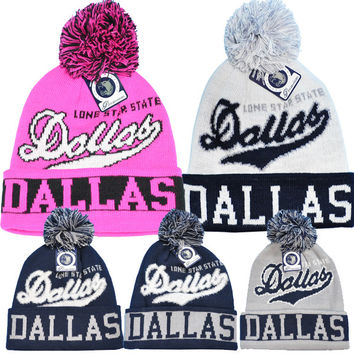 * DALLAS POMPOM BEANIE In H. Pink