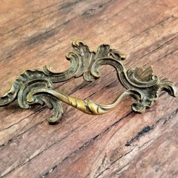 Antiqued Gold Drawer Pull French Provincial Dresser Pull Vintage Drawer Pull Handles Brass Drawer Pull Dresser Hardware French Cabinet Pull