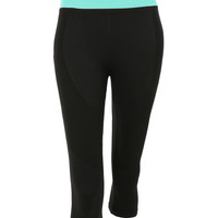 LE3NO Womens Stretchy High Rise Knee Length Capri Yoga Pants (CLEARANCE)