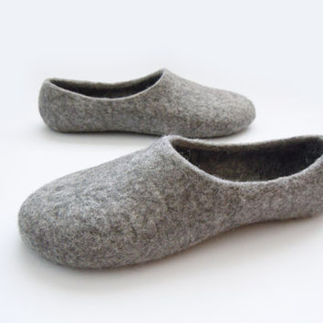Eco friendly natural grey color hand made felted slippers.