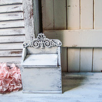 Farmhouse Rustic White Vintage Recipe Box, Shabby Chic Wooden Recipe Storage Box Gift Ideas Cottage Chic Small Storage Box Ornate Wooden Box