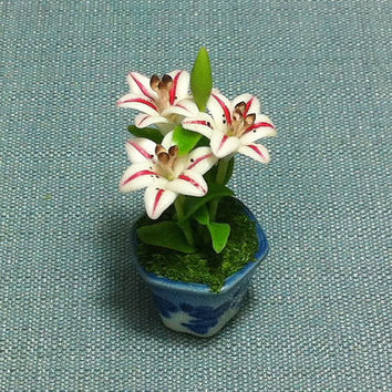 Flower Plant Lily Pink White Miniature Clay Polymer Fimo Garden Flowers Hand Made Supplies Cute Tiny Small Ceramic Pot Dollhouse Decor Deco