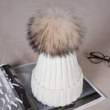 1Pcs New Mom And Baby Hat Kids Winter Warm Fur Ball Beanie Cotton Knitted Kids Children Mommy Headwear Hat Caps