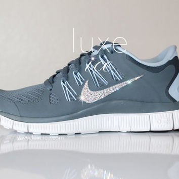 NEW Stock NIKE run free 5.0 running shoes w Swarovski Crystals detail - Grey 90a4b1904c