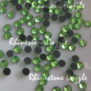 10,000pcs Hotfix ss10 Light Peridot Crystal Flatback Rhinestones, 3mm Hotfix Light Peridot Crystal Flat Back Rhinestones, Wholesale
