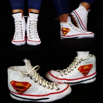 MDIG91W Knitting Crochet Converse Chuck Taylor All Star Hi Superman Sneaker, Superman Chuck Ta