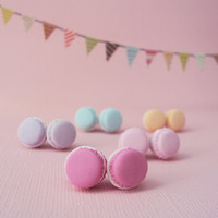 French Macaron Polymer Clay Earrings // Dessert Food Jewelry // Macaroons // Bridesmaids gift