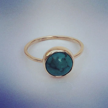 Turquoise Solitaire in 14k gold