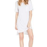 DailyLook: Glamorous Dip Back T-Shirt Dress in White XS - M