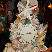 Shell clock Handmade lots of sea shells clock