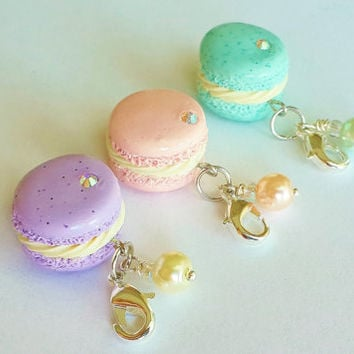 Handmade French Macaron Charm - Polymer Clay Food Charm - Miniature Food Jewelry - Pastel Macaroon Charm