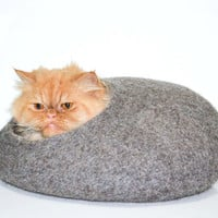 Warm cat house, felt bed, cats cave, gray natural eco-friendly, wool