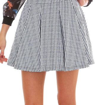Heavy Duty Pleats Skirt - Ivory/Black