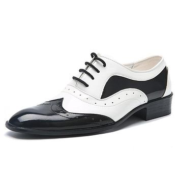 Casual Pointed Toe Brogue Formal Shoes