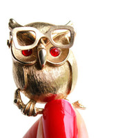 Vintage Owl Brooch - Gold Tone Tiny 1970s Signed Sarah Coventry Costume Jewelry Pin / Hipster Glasses Hoot