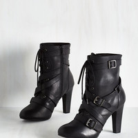 Trendsetting the Stage Boot in Ink | Mod Retro Vintage Boots | ModCloth.com
