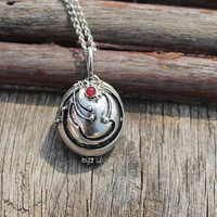 silver Vervain Necklace/Vampire Diaries inspired locket necklace/vampire jewelry/verbena necklace/openable/ tone