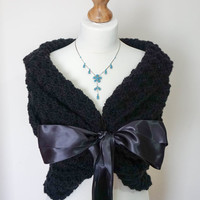 BRIDAL WRAP / WEDDING Shawl / Bridal Stole / Wedding Bolero / Bridal Cape / Wedding Wrap / Black Shawl / Wedding Capelet / Bridal Shrug