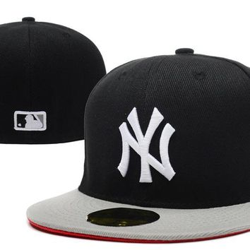 hcxx New York Yankees New Era MLB Authentic Collection 59FIFTY Cap Black-Grey