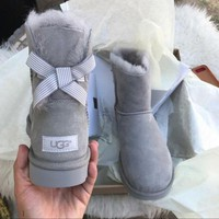 UGG Authentic Bailey bow boots G