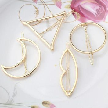 DKLW8 M MISM New Woman Hair Accessories Moon Circle Simply Triangle Alloy Hair Pin Clip Headdress Girls Fashion Hairgrips Barrettes