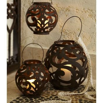 Solaris Scroll Lanterns