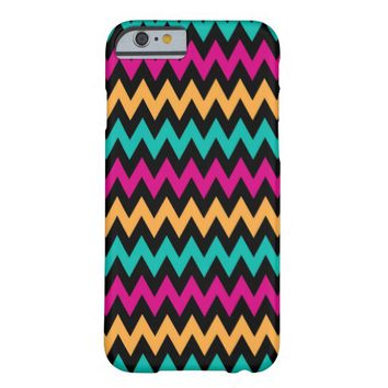 Colorful ZigZag Pattern on Black iPhone 6 Case