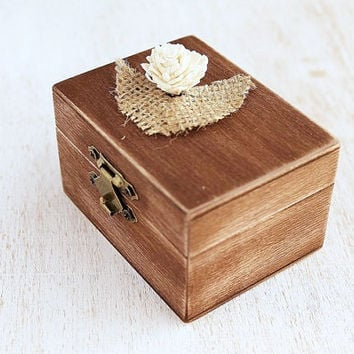 Rustic Ring Bearer Box with Sola flower, Wedding Ring Box, Country Ring Bearer, Custom Ring Box , Wooden Ring Bearer, Keepsake, Proposal Box