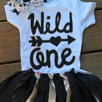 wild one first birthday outfit, wild one party, wild one party, black and gold birthday outfit, 1st birthday outfit, wild 1 cake smash set,