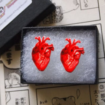 Anatomical Human Heart Earrings - Anatomy Studs Medical Steampunk Human Doctor Nurse Hospital Organ Tissue Bones Halloween Scary Kitsch