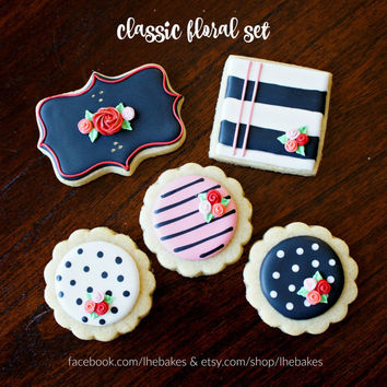 Black and White Floral Cookie Set - Decorated Sugar Cookies - 25 pcs