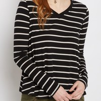 Black & White Striped Raw Edge V-Neck Tee | Long Sleeve | rue21