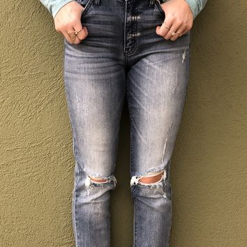 Kan Can Distressed Boyfriend Jeans- Light Wash