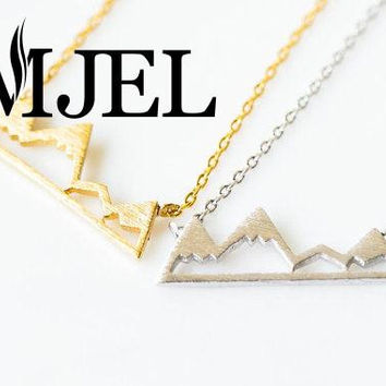 2016 New Jewelry Dainty Snowy Mountain Snow Cap Mountain Pendants& Necklaces Birthday Gifts N181