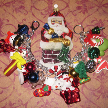 Christmas Charm Bracelet Vintage Style Eclectic Christmas Bracelet Winter Jewelry OOAK Christmas Jewelry Santa Snowman Stocking Wreath Tree