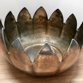 Vintage Silver Planter, Metal planter, Silver Plated Planter, Vintage Centerpiece, Lotus Bowl Planter, Holiday Flower pot