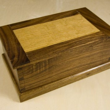Wooden Jewelry/Trinket Box in Walnut and Oak