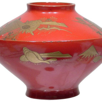 EDO PERIOD LACQUERED BOWL AND COVER