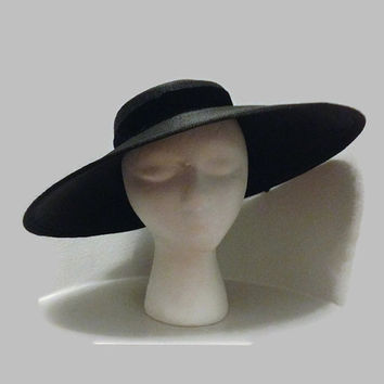 1950s Hat / Black Straw Cartwheel Hat, Dior New Look Inspired, Black Wide Brimmed Hat