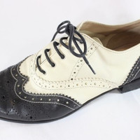 "~~~ ALL THAT JAZZ ~~~ BARNEY'S NEW YORK BLACK/WHITE ""BROGUE"" OXFORD SHOES ~~ 38"