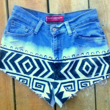Levis Reconstructed Aztec high waisted shorts Distressed frayed cut bleached painted